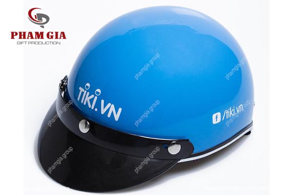 in logo lên nhựa - in logo lên nón bảo hiểm tiki